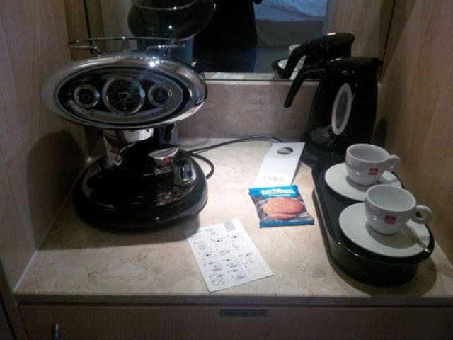 I love a fancy coffee machine in my room.