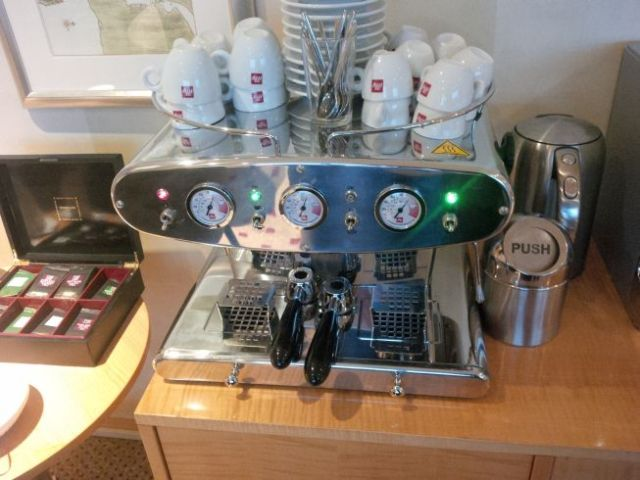 Lounge espresso maker.  YAY!