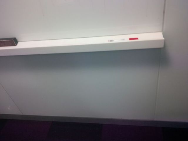 We are s'posed to have more than one color of dry erase marker in the Oracle office.  Who stole our color?!?